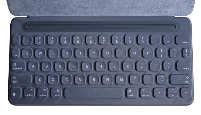 Apple smartkeyboard MM2L2AMA(9.7インチ用)(キーボード)